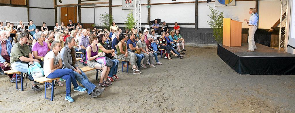 Vorträge zu allen Themen rund ums Pferd